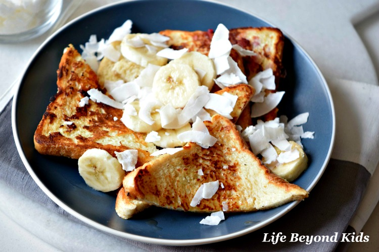 Excite Your Tastebuds at Brunch: Tropical French Toast