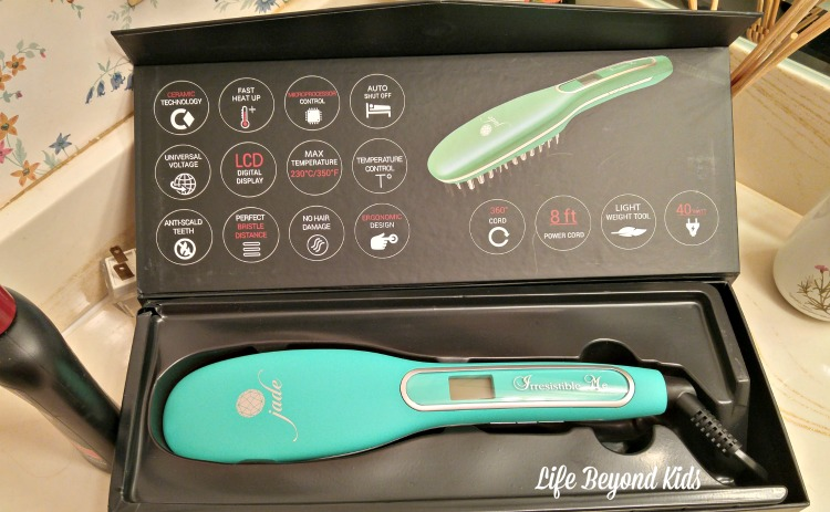 The amazing Jade Hair Straightening Brush in the box.