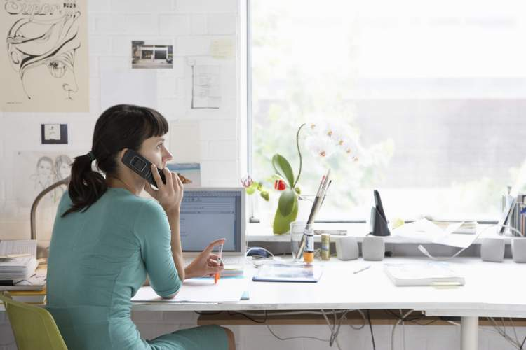5 Tips for Staying Organized and Productive at Work