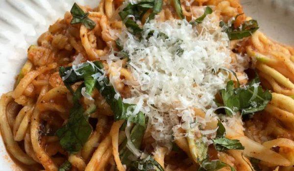 Low Carb Meal: Zucchini Noodles with Arrabbiata Sauce