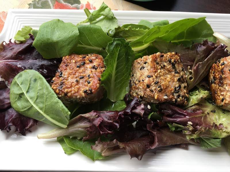 Scrumptious Seared Sesame Tuna with Mixed Greens