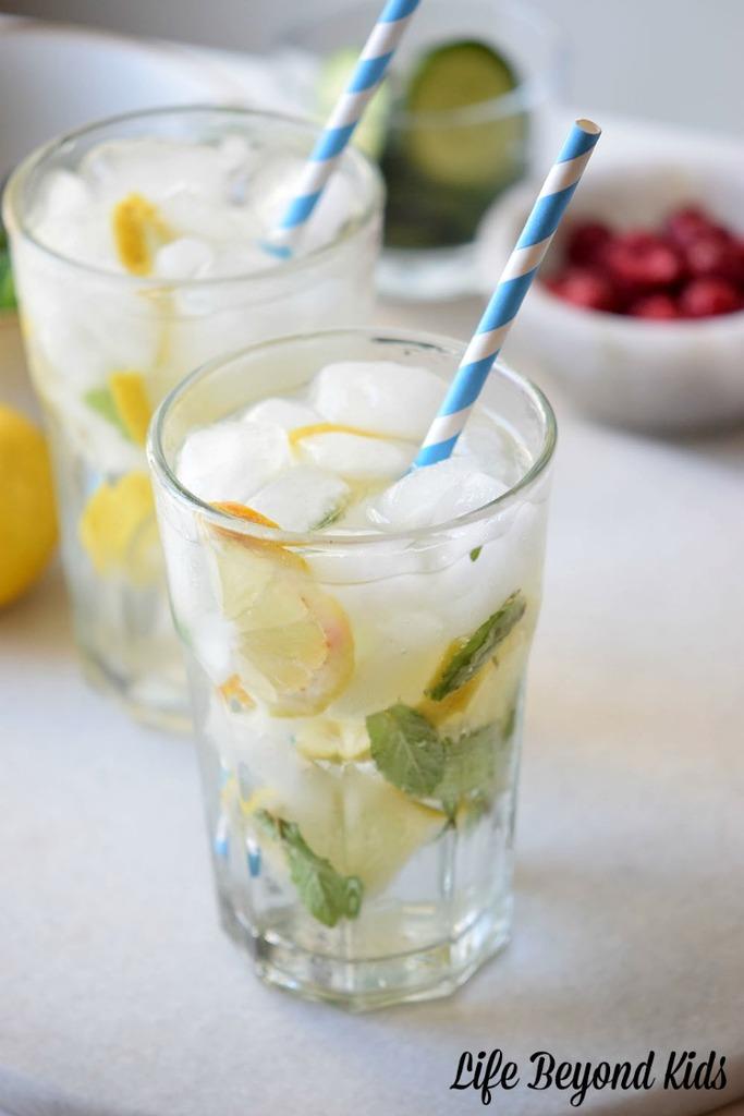 Mint Lemonade Spritzer